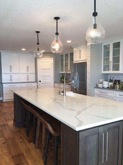 Calacatta White Quartz Countertops