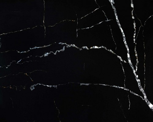 black artificial marble-looked quartz slabs